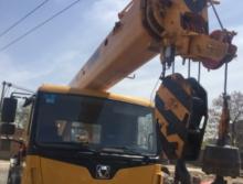 徐工2017年12吨吊车