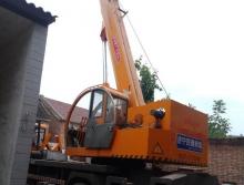 转让济宁四通2017年12吨吊车