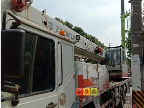 转让中联重科2010年G25V5吊车