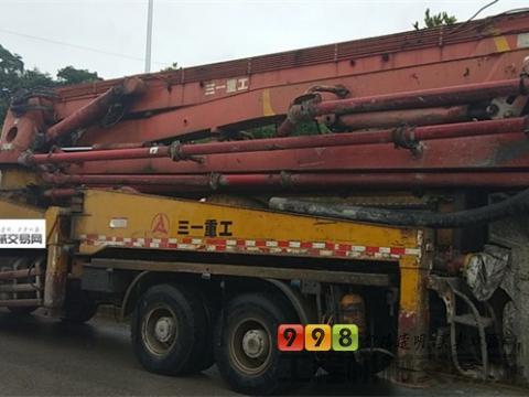 出售07年出厂三一奔驰45米泵车