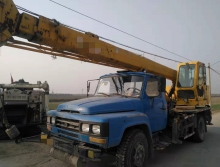 优价转让2011年徐工8吨吊车