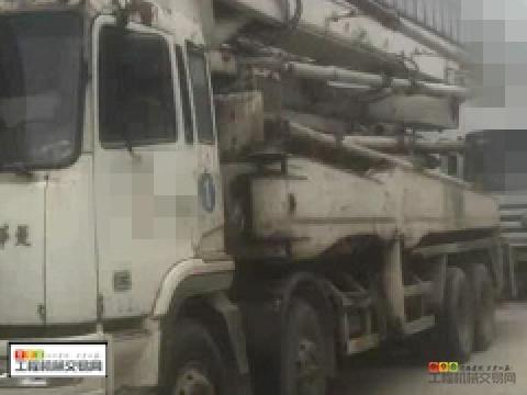 白菜价处理06年星马42米泵车