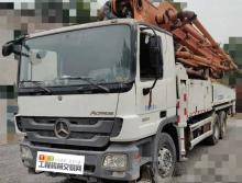 出售13年中联奔驰47米泵车