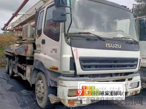 出售09年中联五十铃37米泵车