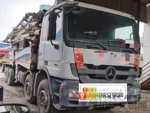 出售11年中联奔驰50米泵车
