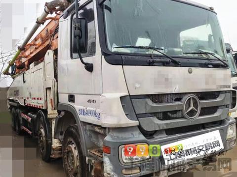 极品出售15年差一个月中联奔驰52米泵车(六节臂+双油泵)