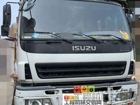 极品出售11年8月出厂三一五十铃37米泵车(方量少+行驶3万公里)