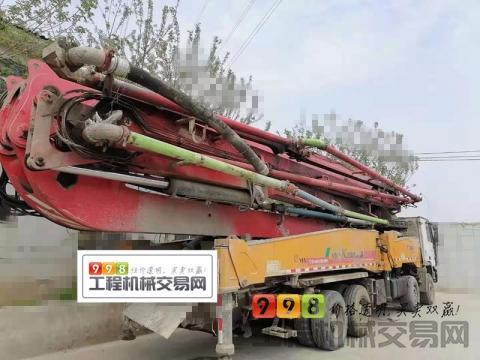 精品出售14年差一天徐工奔驰60米泵车(K系列6节臂)