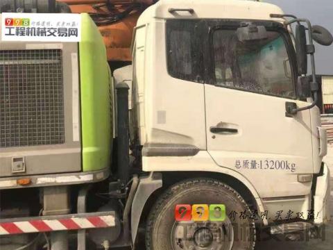 精品出售16年中联东风10018车载泵(国四)