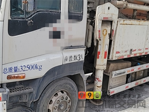 原法务车精品出售13年7月出厂中联五十铃47米泵车(正宗纯西北车  方量少)