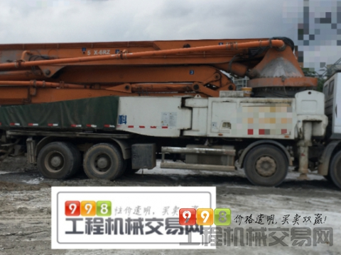 出售精品2014年中联奔驰52米泵车