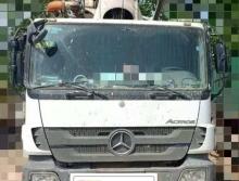 精品出售11年中联奔驰46米泵车