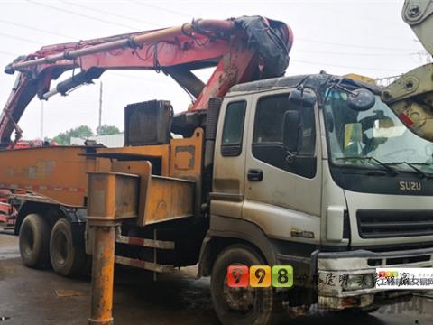 极品出售13年出厂三一五十铃48米泵车(三桥六节臂+法务车方量少)
