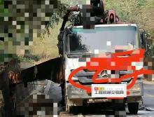 车主出售13年出厂三一奔驰47米泵车(3桥叉腿火烧车)