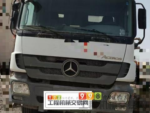 出售2014年上牌徐工奔驰底盘48米泵车