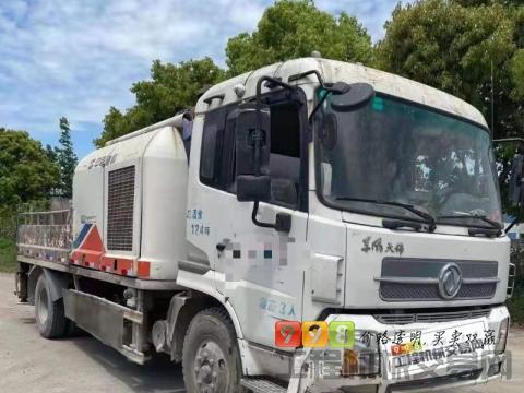 出售12年中联东风10018车载泵