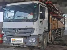出售11年三一奔驰底盘48米泵车