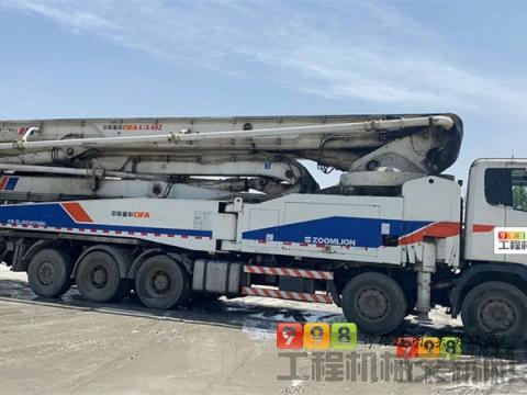 精品出售12年中联斯坦尼亚60米泵车