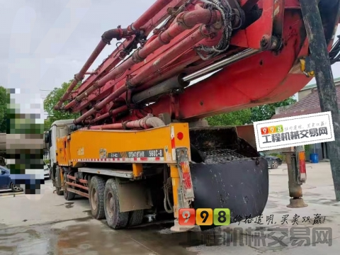 精品出售13年三一奔驰56米泵车