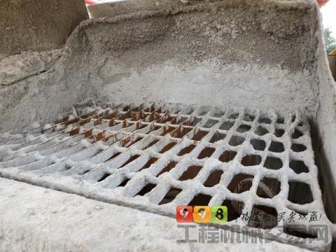 精品出售20年徐工豪沃V7-58米泵车(国五)