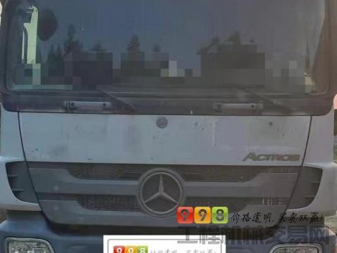 车主出售13年中联奔驰52米泵车