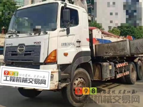 出售14年中联日野40米泵车