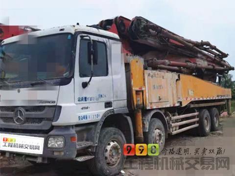 车主转让11年出厂三一奔驰52米泵车(天价)