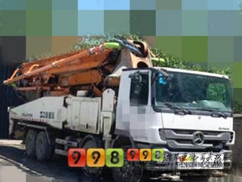 精品转让13年出厂中联奔驰52米泵车(6节臂 大排量 双油泵 0故障)