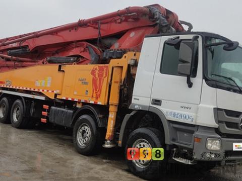 出售13年三一奔驰底盘56米泵车(北方车+原版油漆)