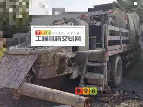 终端出售13年独霸东风9018车载泵(国三中联系统  230缸)