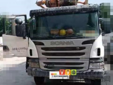 出售2013年中联斯堪尼亚底盘56米泵车(原北方车)