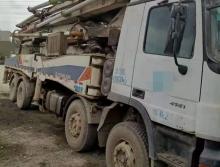 出售2010年中联奔驰52米泵车