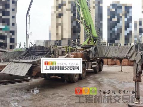精品出售18年11月中联奔驰53米泵车(国五)