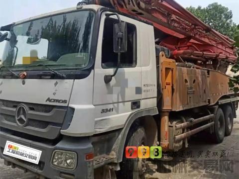 精品出售13年三一奔驰49米泵车