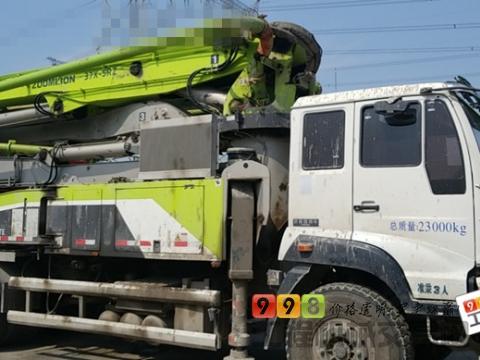 精品准新一手出售18年9月中联斯太尔37米泵车(11万方)