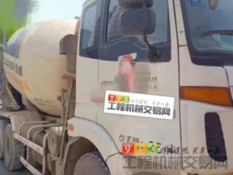 精品出售2014年欧曼国三大12方搅拌车(价高)