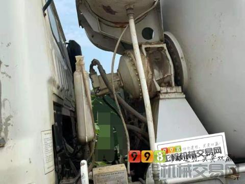 精品出售18年出厂华菱星马18方搅拌车(国五)