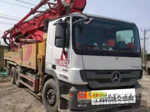 转让精品2019年三一奔驰52米泵车(三桥国五)