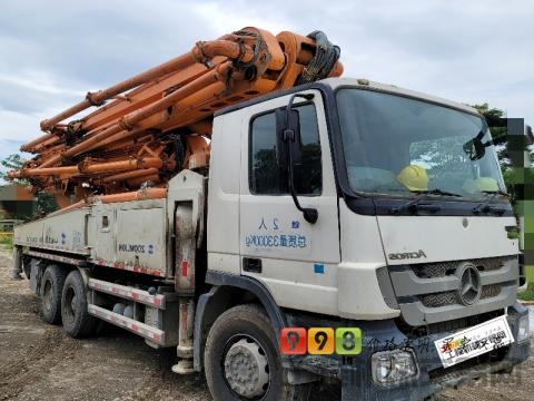 精品出售13年中联奔驰49米泵车