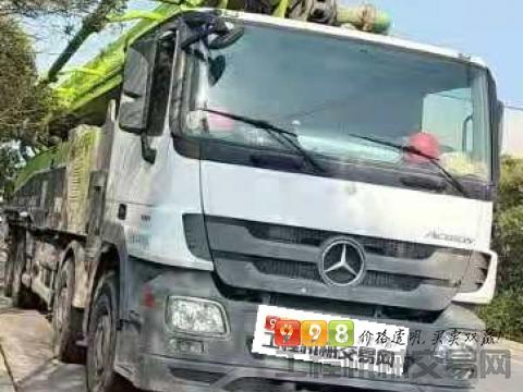 精品出售18年12月中联奔驰56米泵车(国五)