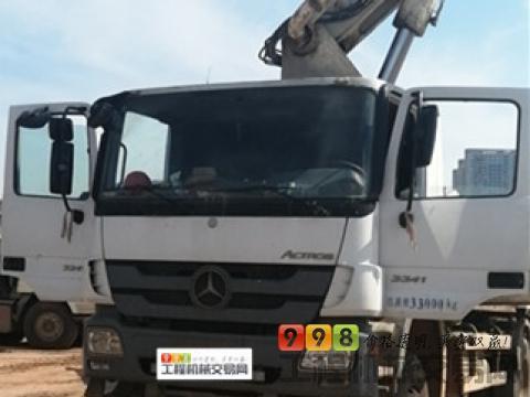 终端出售11年中联奔驰47米泵车(价高)