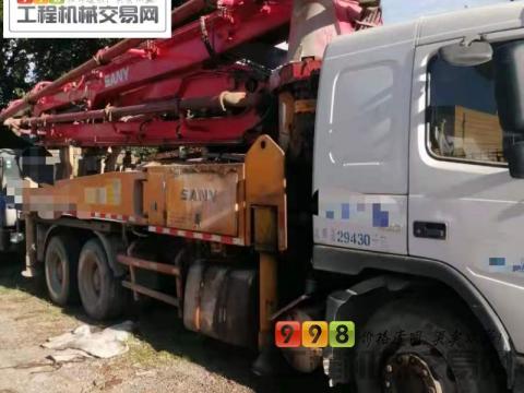 出售11年5月出厂三一沃尔沃37米泵车