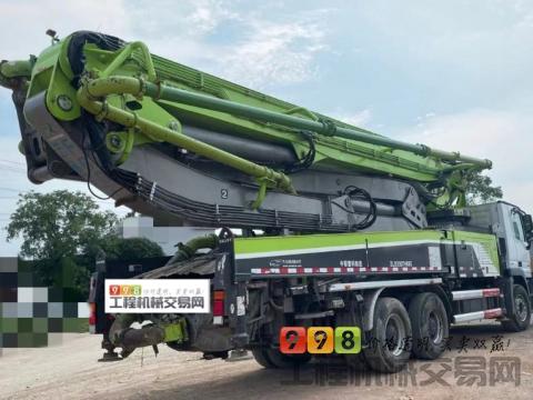精品出售18年中联奔驰49米泵车(国五)