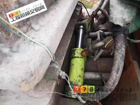 出售13年中联东风10028车载泵(双道依茨195KW发动机、超高压)