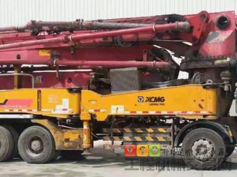 出售15年11月徐工奔驰48米泵车