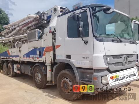 车主出售11年出厂中联奔驰46米泵车(6节臂)