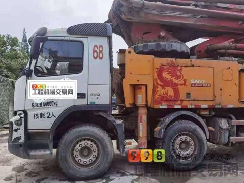 精品出售17年12月上牌三一沃尔沃56米泵车(国四)