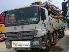 出售2013年出厂中联奔驰52米泵车