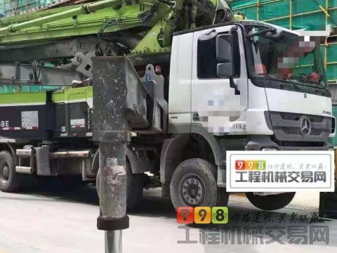 出售18年出厂中联奔驰56米泵车(国五)