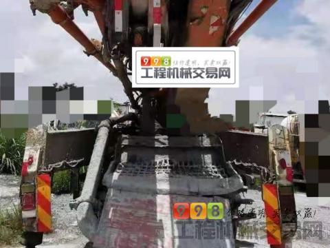 车主出售14年差一月中联五十铃47米泵车(3桥叉腿大排量)